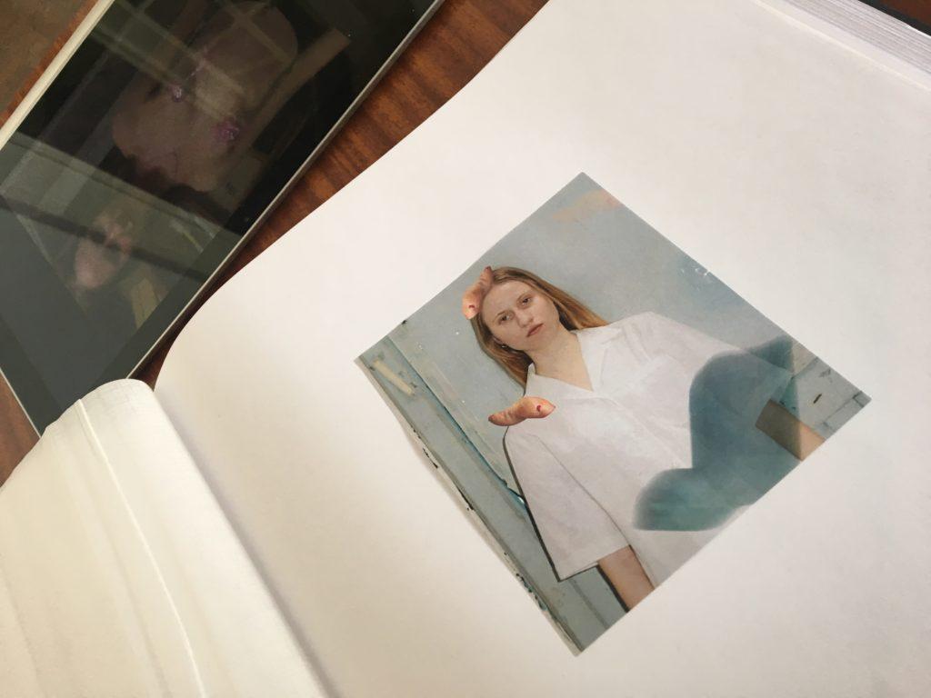 Wystawa Na pozór silna dziewczyna a wśrodku ledwo się trzyma Coco Kate, fot. moja